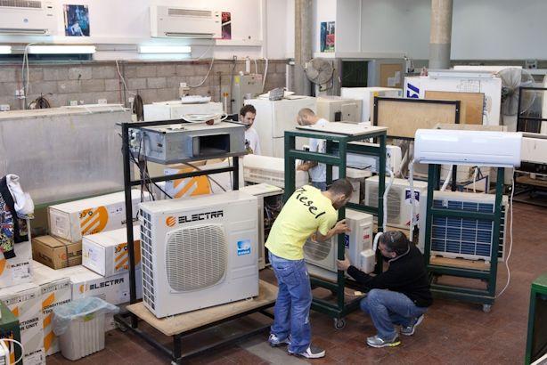 Technician Repairs Air Conditioners Pretoria